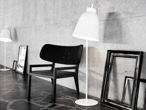 Caravaggio floor lamp white 3