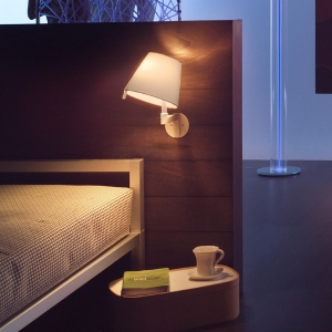 melampo-parete-wall-lamp-by-artemide (4)