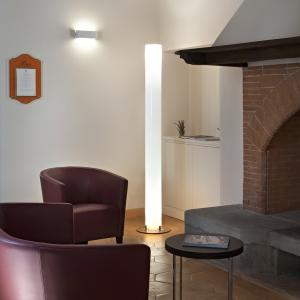 stylos-fireplace