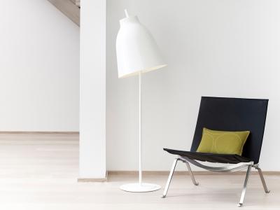 Caravaggio-floor-lamp-white-4